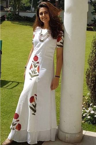 Breathtaking White American Crap Digital Printed Full Stitched Kurti MINIABAW 510A