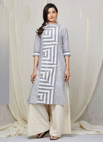 Genial Grey Color Ready Made Crape Digital Printed Casual Wear Kurti