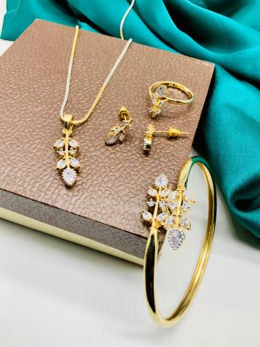 Gorgeous Golden Plated White Color Diamond Jewellery Set