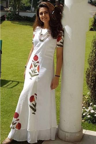 Dazzling White Colored American Crap With Digital Print Long Kurti For Party Wear MINIAB107A